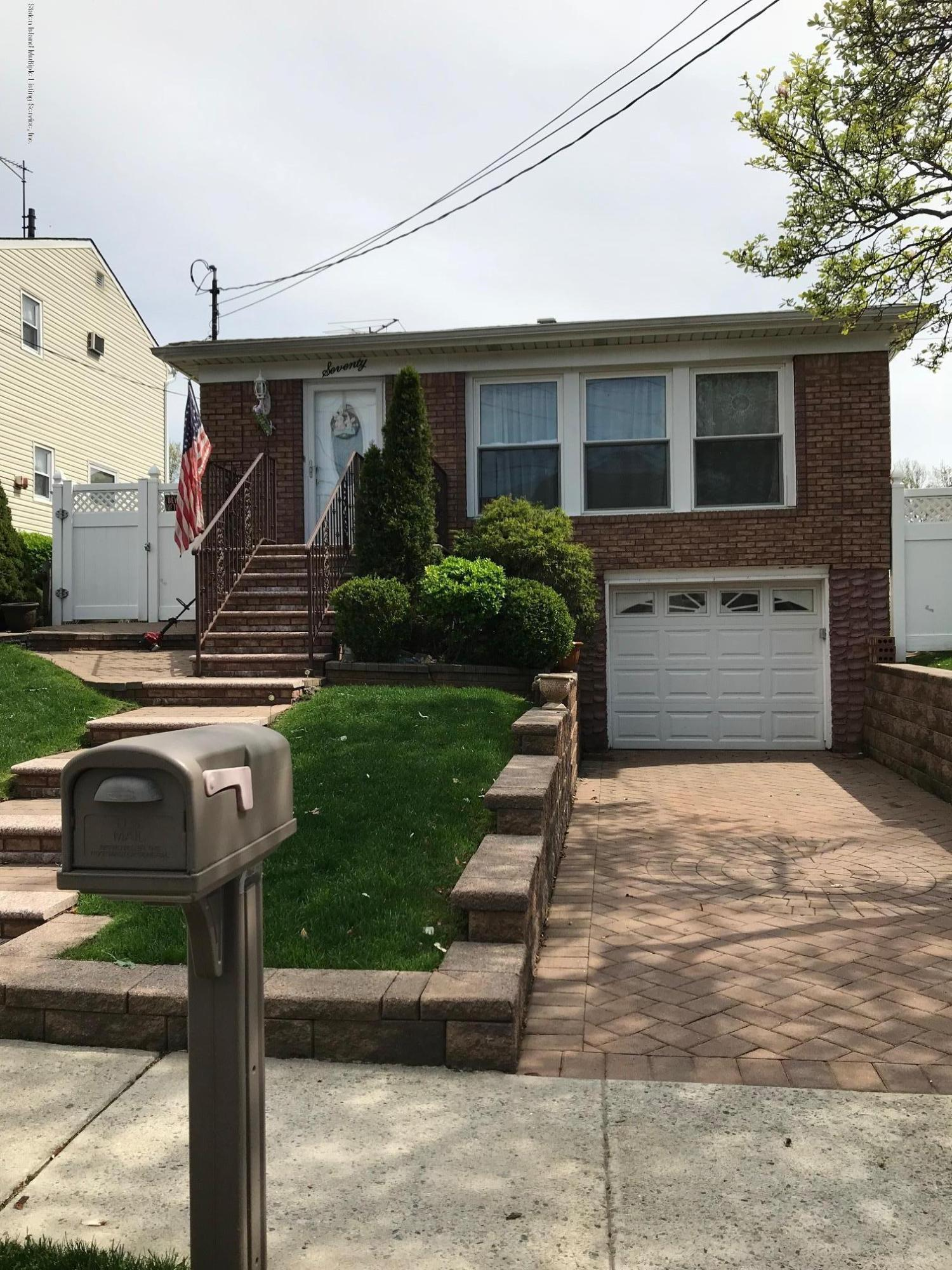 Single Family - Detached in Annadale - 70 Buffington Avenue  Staten Island, NY 10312