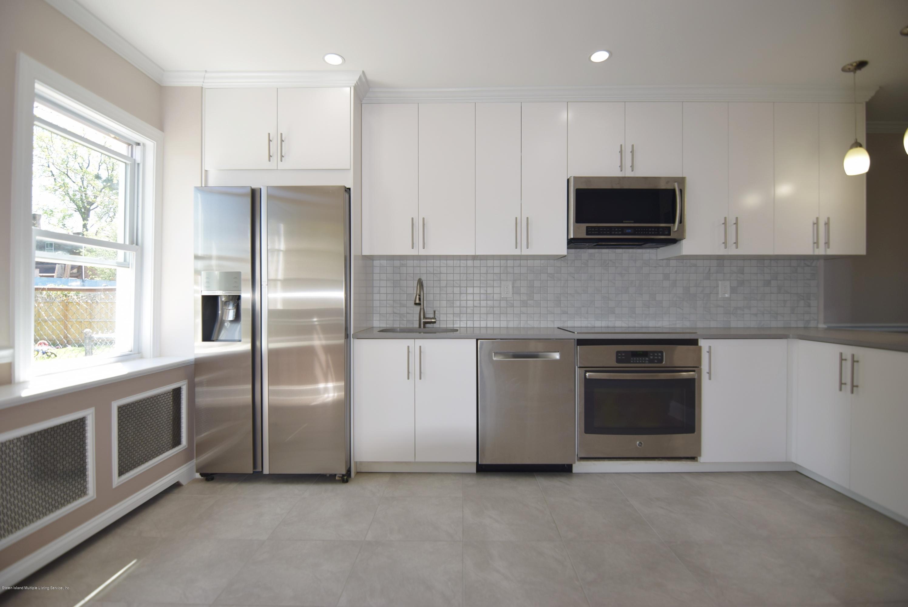 Single Family - Detached 55 Park Avenue  Staten Island, NY 10302, MLS-1128331-15