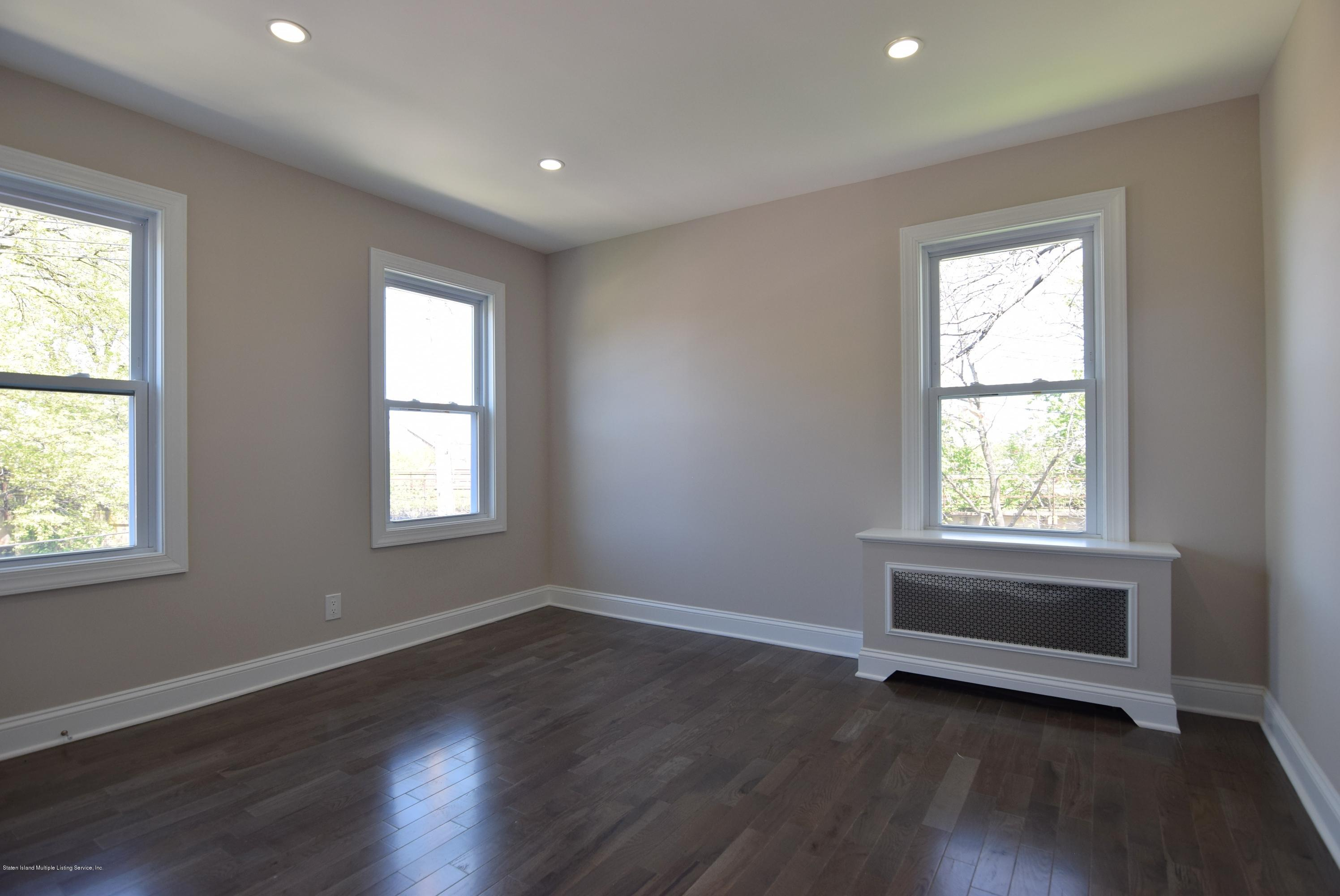 Single Family - Detached 55 Park Avenue  Staten Island, NY 10302, MLS-1128331-28