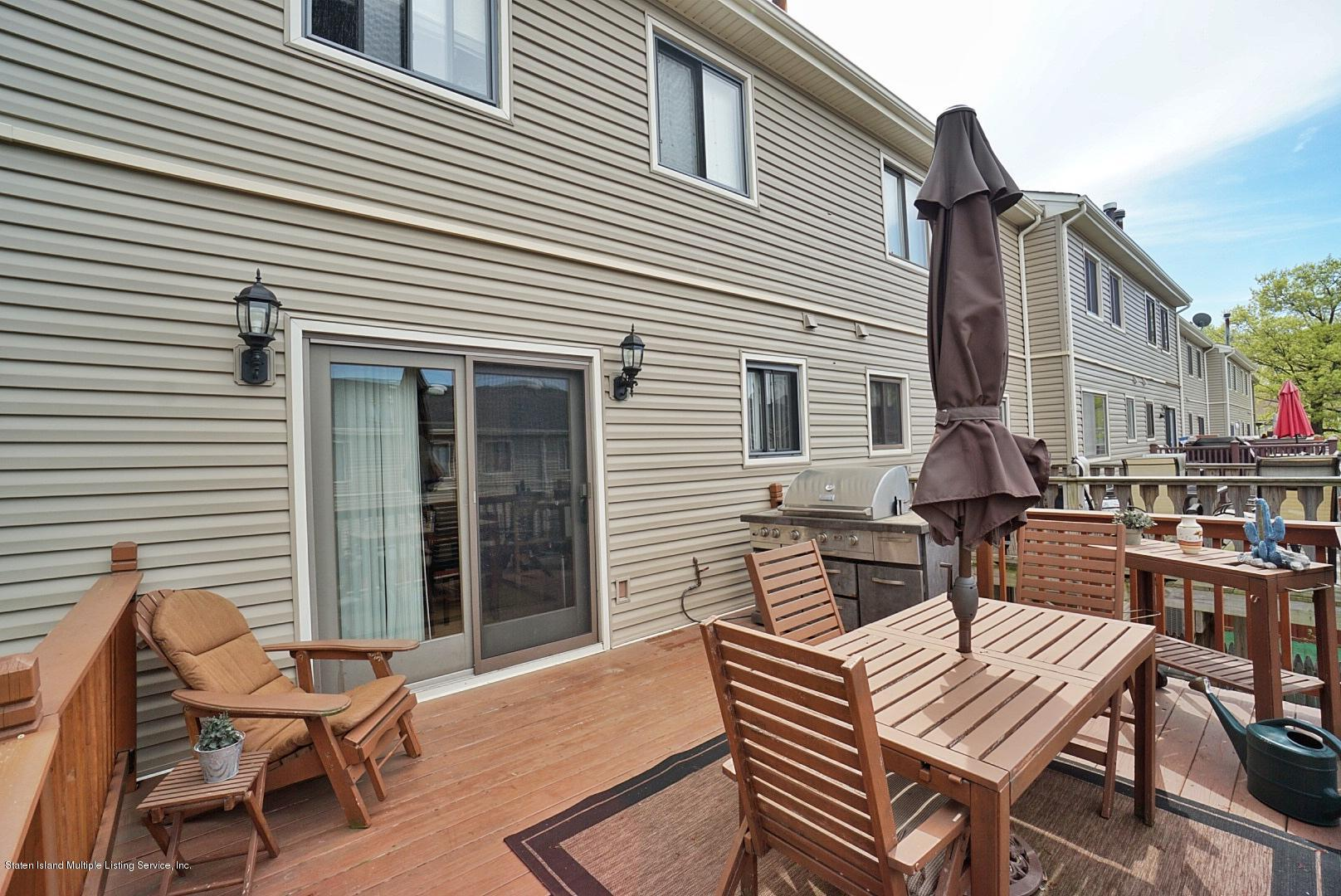 Single Family - Attached 15 Berry Court  Staten Island, NY 10309, MLS-1128282-16
