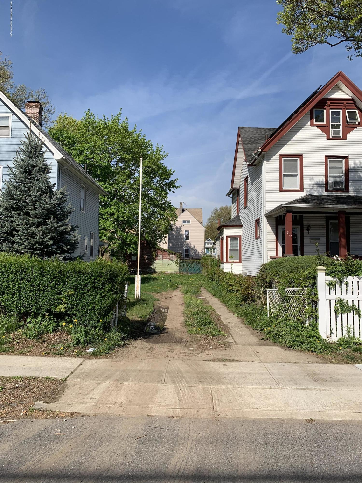 Land/Lots in West Brighton - 238 Taylor Street  Staten Island, NY 10310