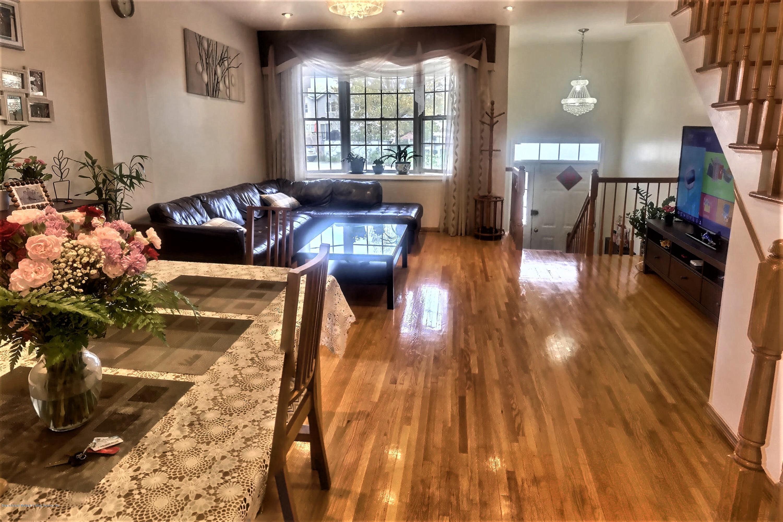 Single Family - Attached 58 Garretson Lane  Staten Island, NY 10304, MLS-1128138-9