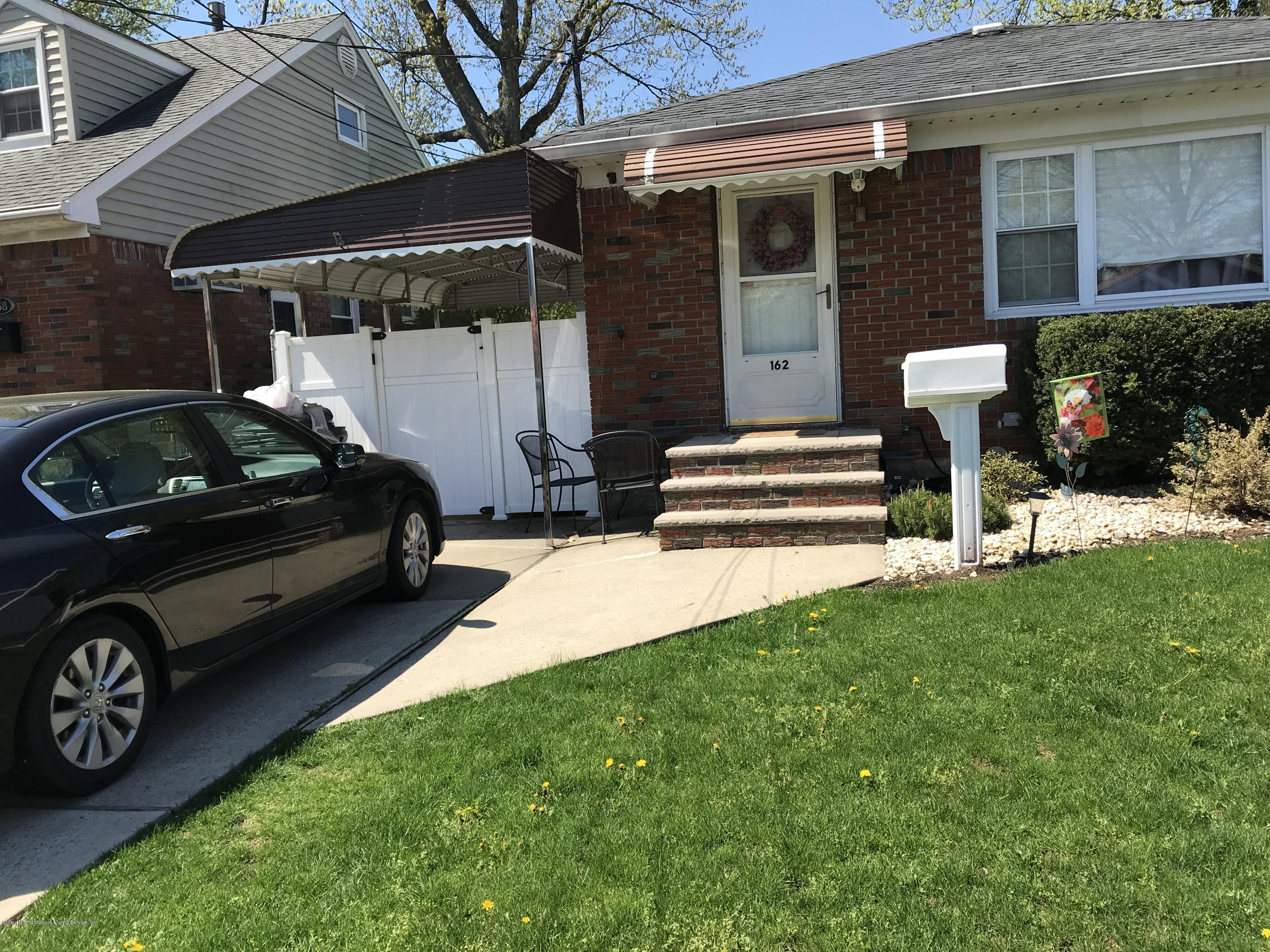 Single Family - Detached 162 Shafter Avenue  Staten Island, NY 10308, MLS-1128358-2