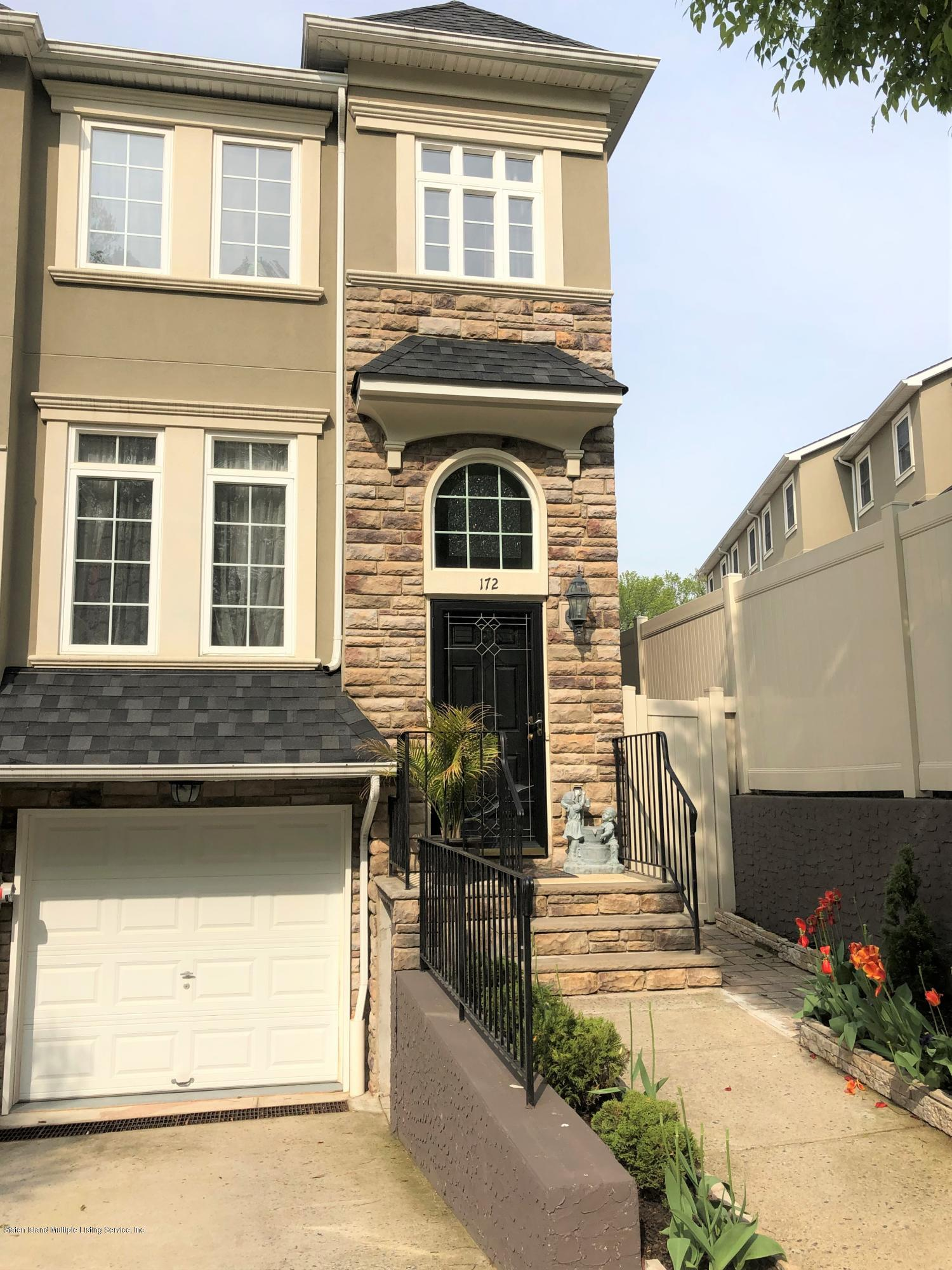 Single Family - Attached in Annadale - 172 Presentation Circle  Staten Island, NY 10312