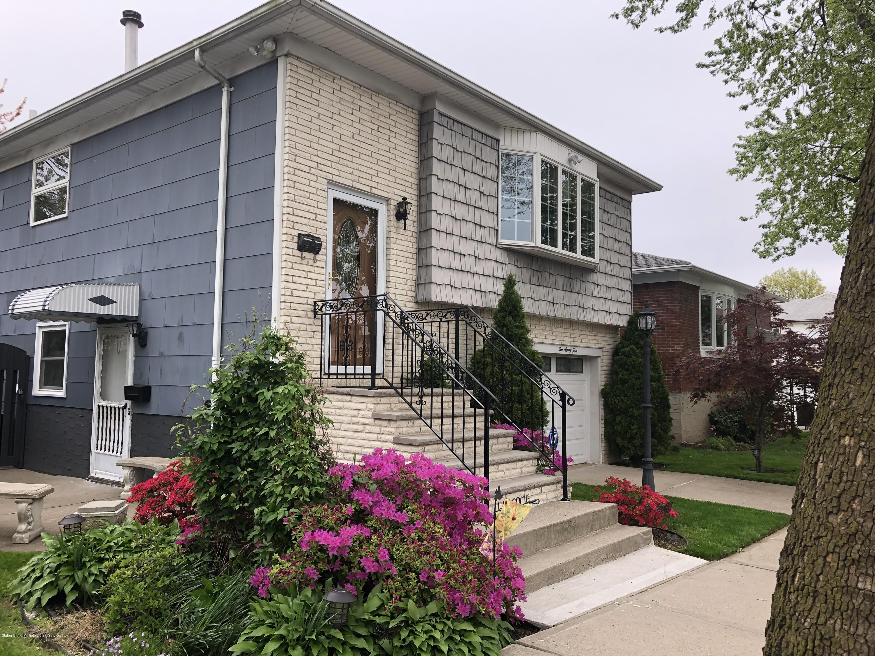 Single Family - Detached 295 Garrison Avenue  Staten Island, NY 10314, MLS-1128496-2