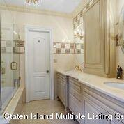 Single Family - Detached 7 Buttonwood Road  Staten Island, NY 10304, MLS-1128574-20