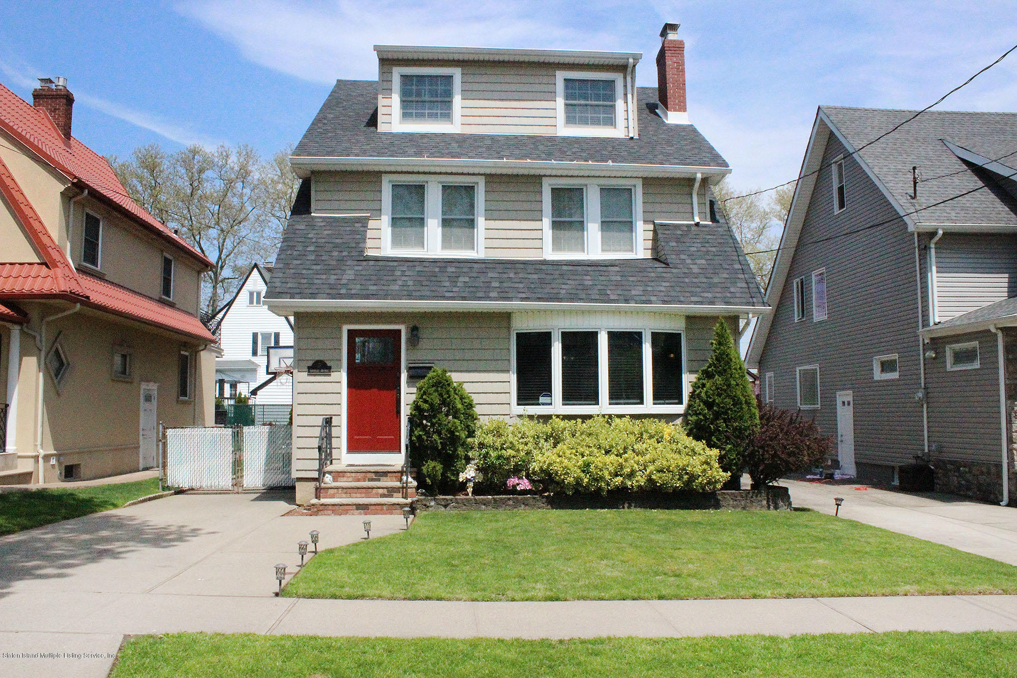 Single Family - Detached in Grant City - 17 Greeley Avenue  Staten Island, NY 10306