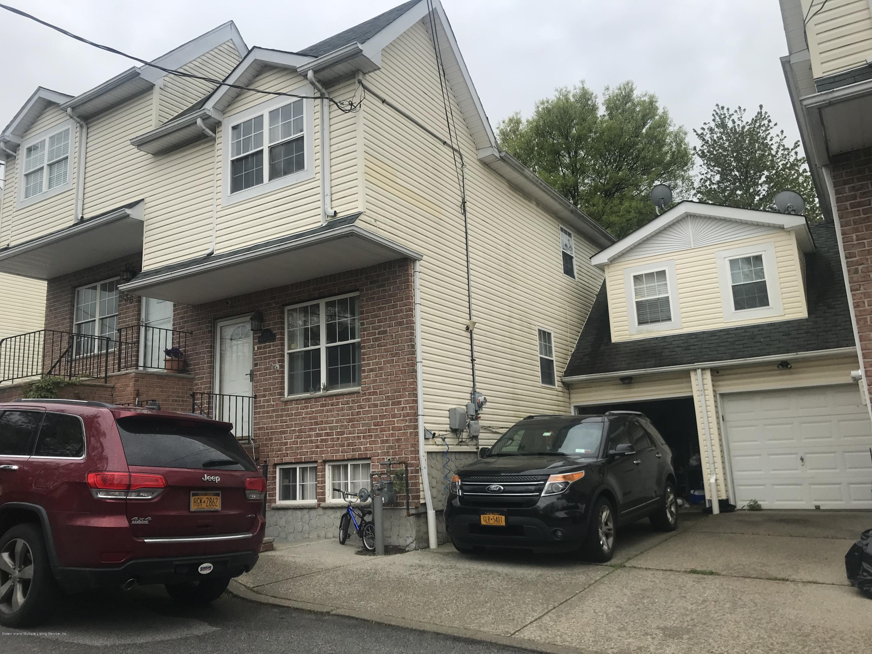Single Family - Semi-Attached in Huguenot - 334 Huguenot Avenue  Staten Island, NY 10312