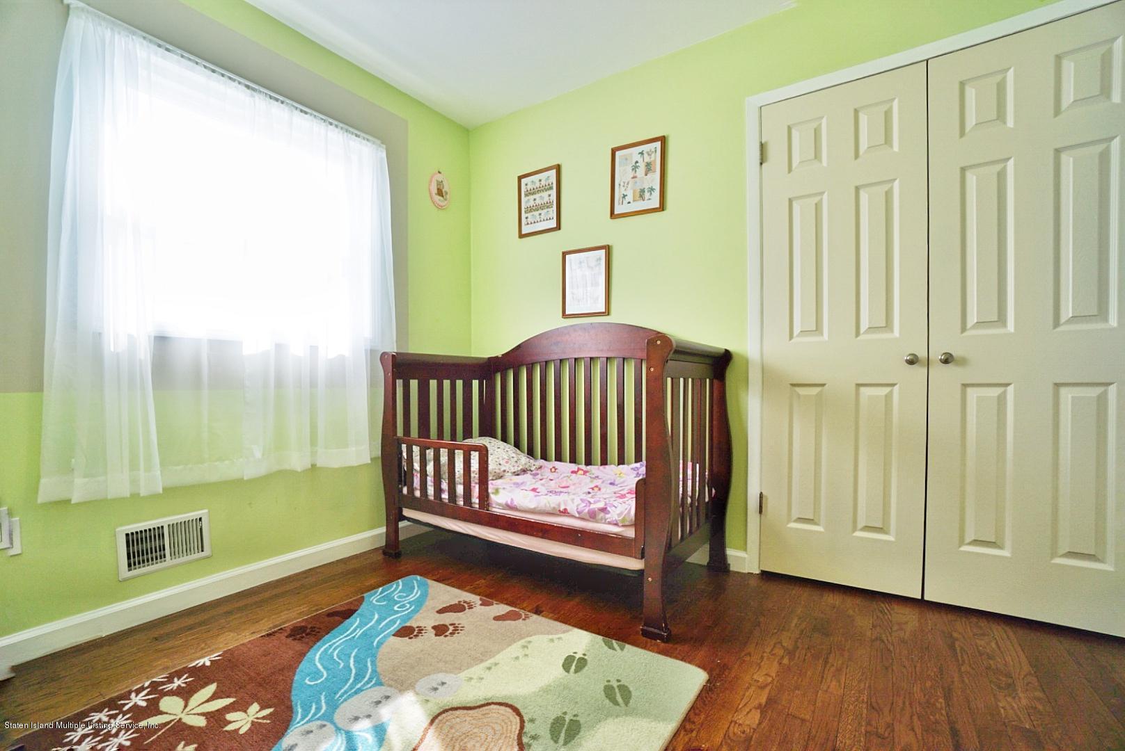 Single Family - Semi-Attached 122 Maybury Avenue  Staten Island, NY 10308, MLS-1128627-17