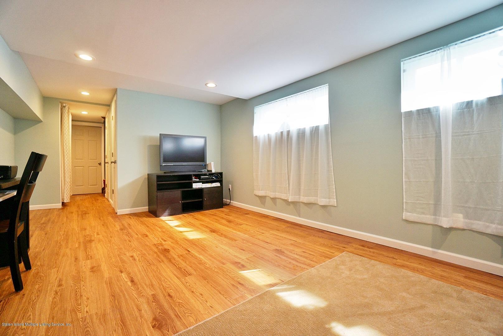 Single Family - Semi-Attached 122 Maybury Avenue  Staten Island, NY 10308, MLS-1128627-21