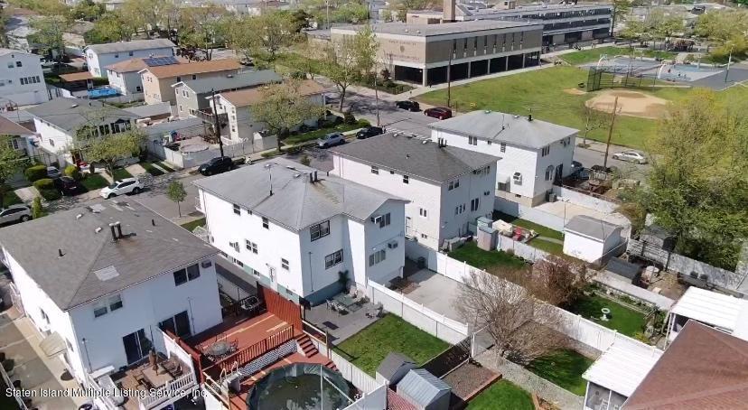 Single Family - Semi-Attached 122 Maybury Avenue  Staten Island, NY 10308, MLS-1128627-30