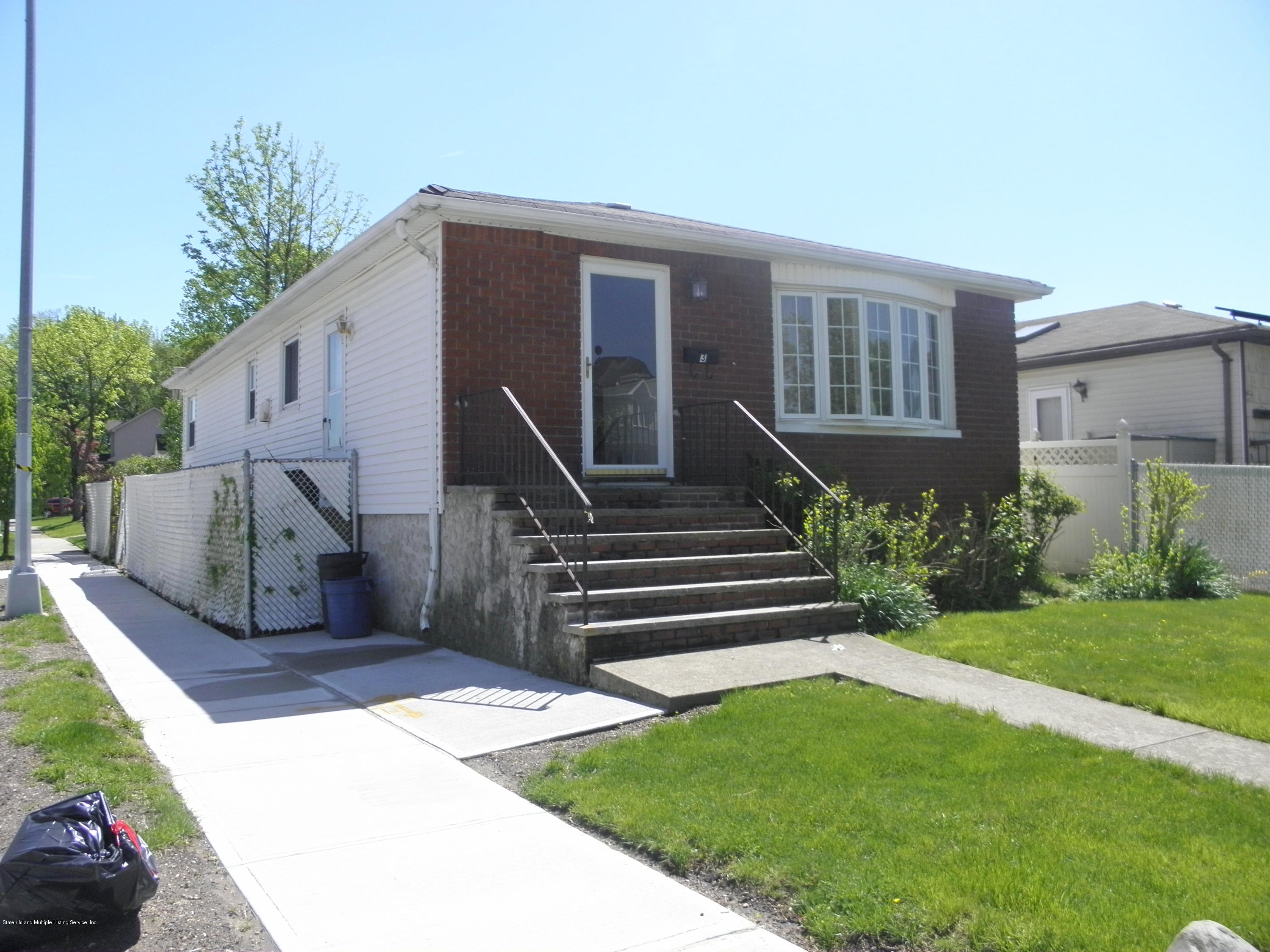 Single Family - Detached in Princes Bay - 3 Clearmont Avenue  Staten Island, NY 10301