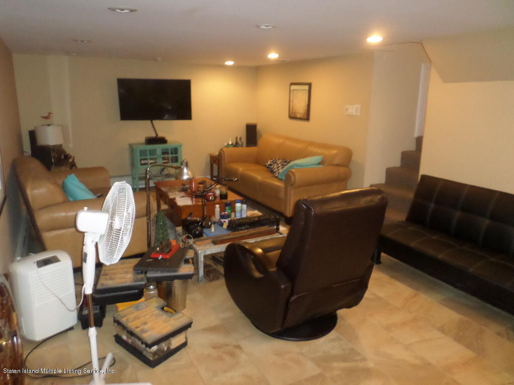 Single Family - Detached 45 Delmore Street  Staten Island, NY 10314, MLS-1128668-23