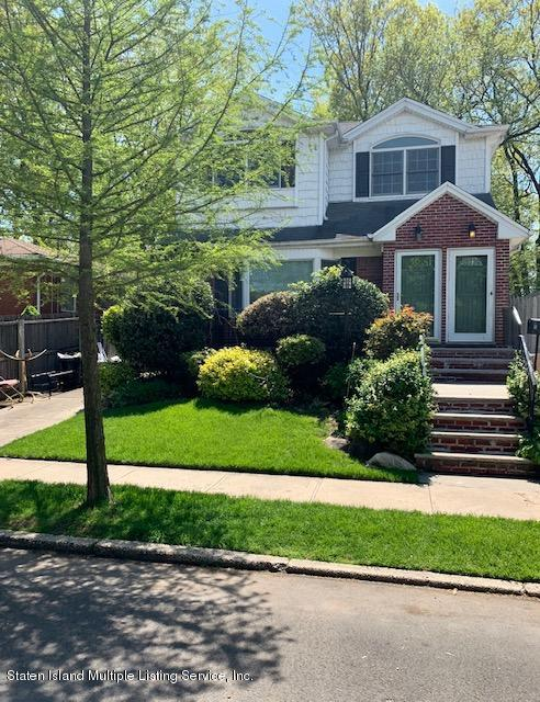 Two Family - Detached in Oakwood - 88 Peter Ave   Staten Island, NY 10306