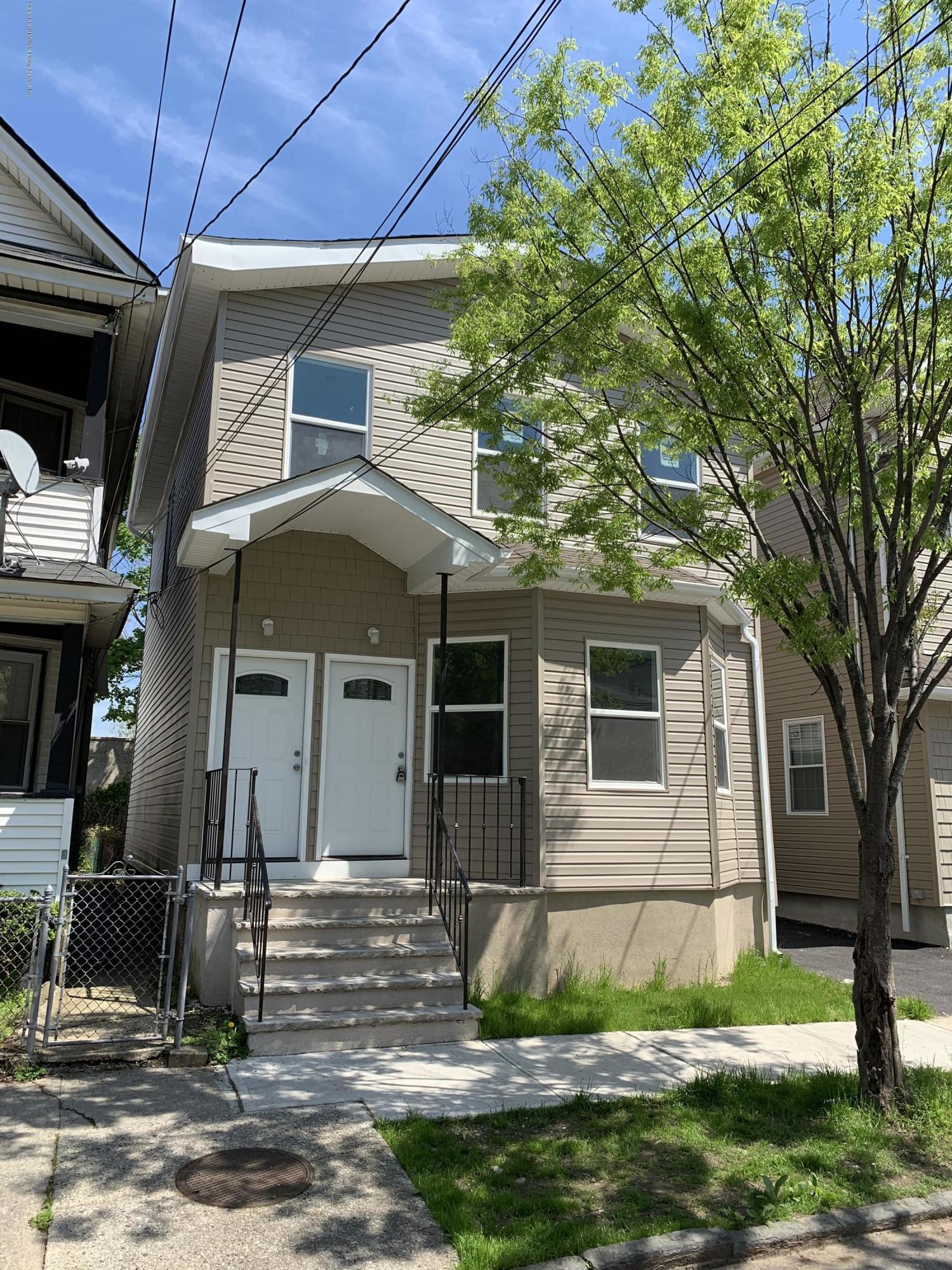 Two Family - Detached in Stapleton - 69 Gordon Street  Staten Island, NY 10304