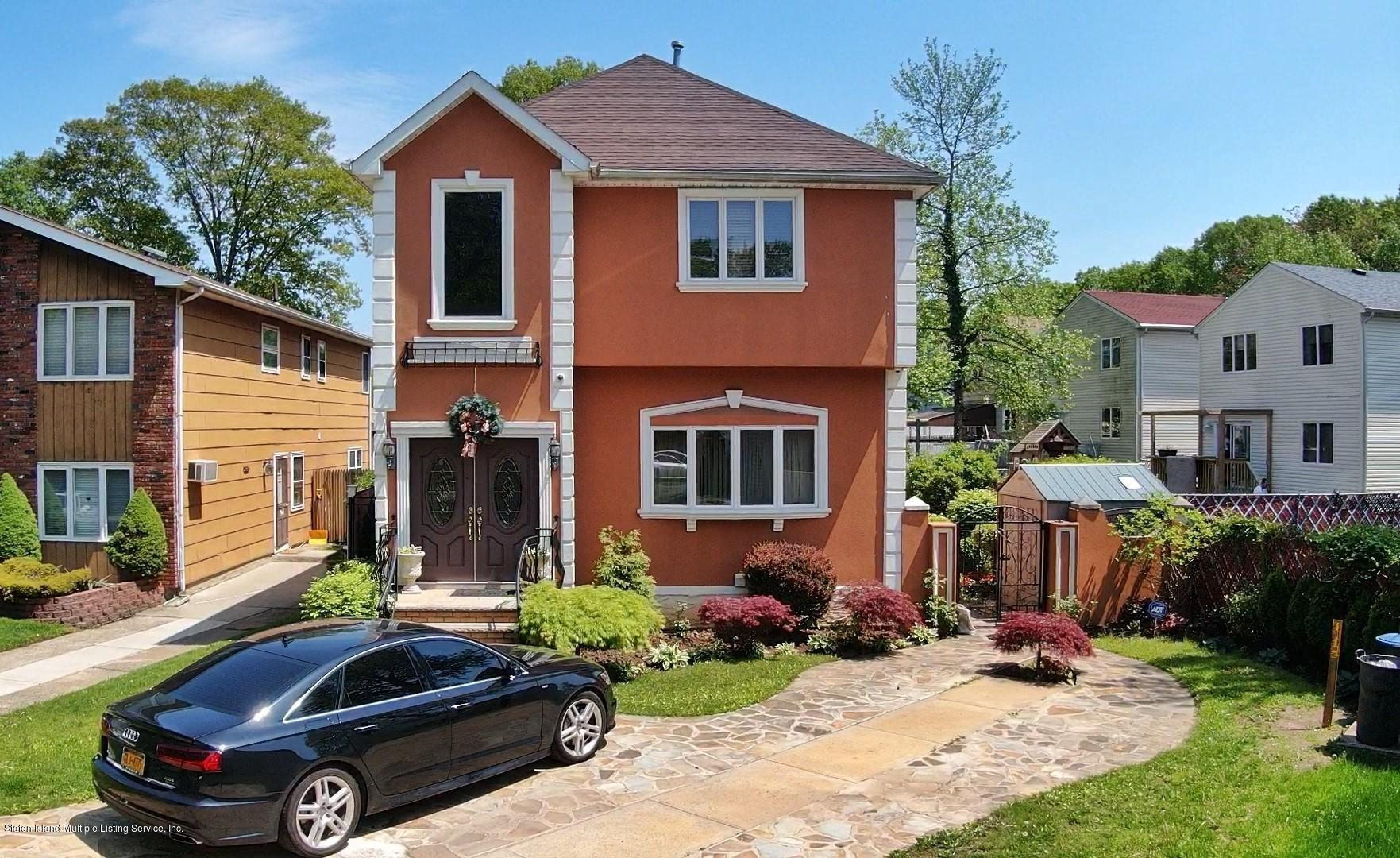 Single Family - Detached in Woodrow - 67 Marvin Road  Staten Island, NY 10309