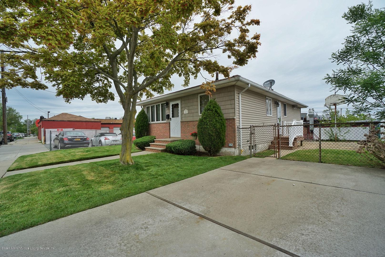 Single Family - Detached 55 Lyndale Avenue  Staten Island, NY 10312, MLS-1128769-2