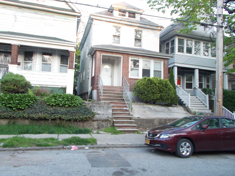 221 Treadwell Avenue, Staten Island, NY 10302