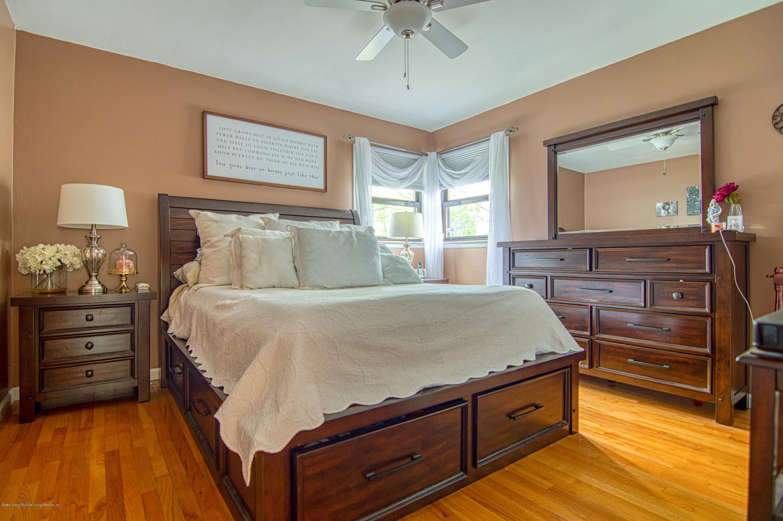 Single Family - Detached 143 Robinson Avenue  Staten Island, NY 10312, MLS-1128917-15