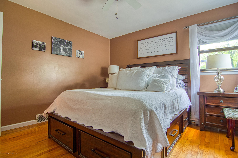 Single Family - Detached 143 Robinson Avenue  Staten Island, NY 10312, MLS-1128917-16