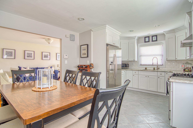 Single Family - Detached 143 Robinson Avenue  Staten Island, NY 10312, MLS-1128917-11