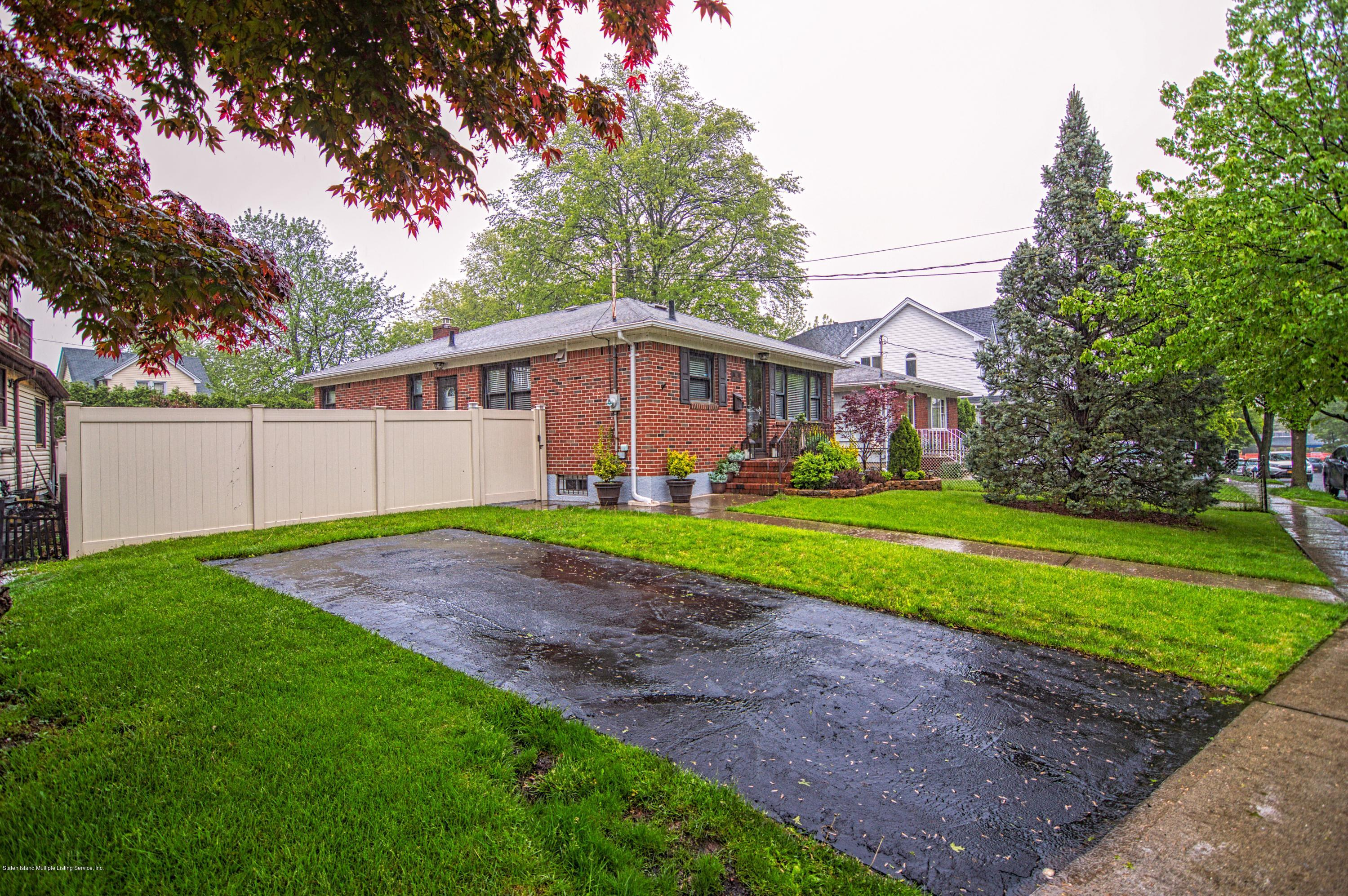 Single Family - Detached 143 Robinson Avenue  Staten Island, NY 10312, MLS-1128917-2