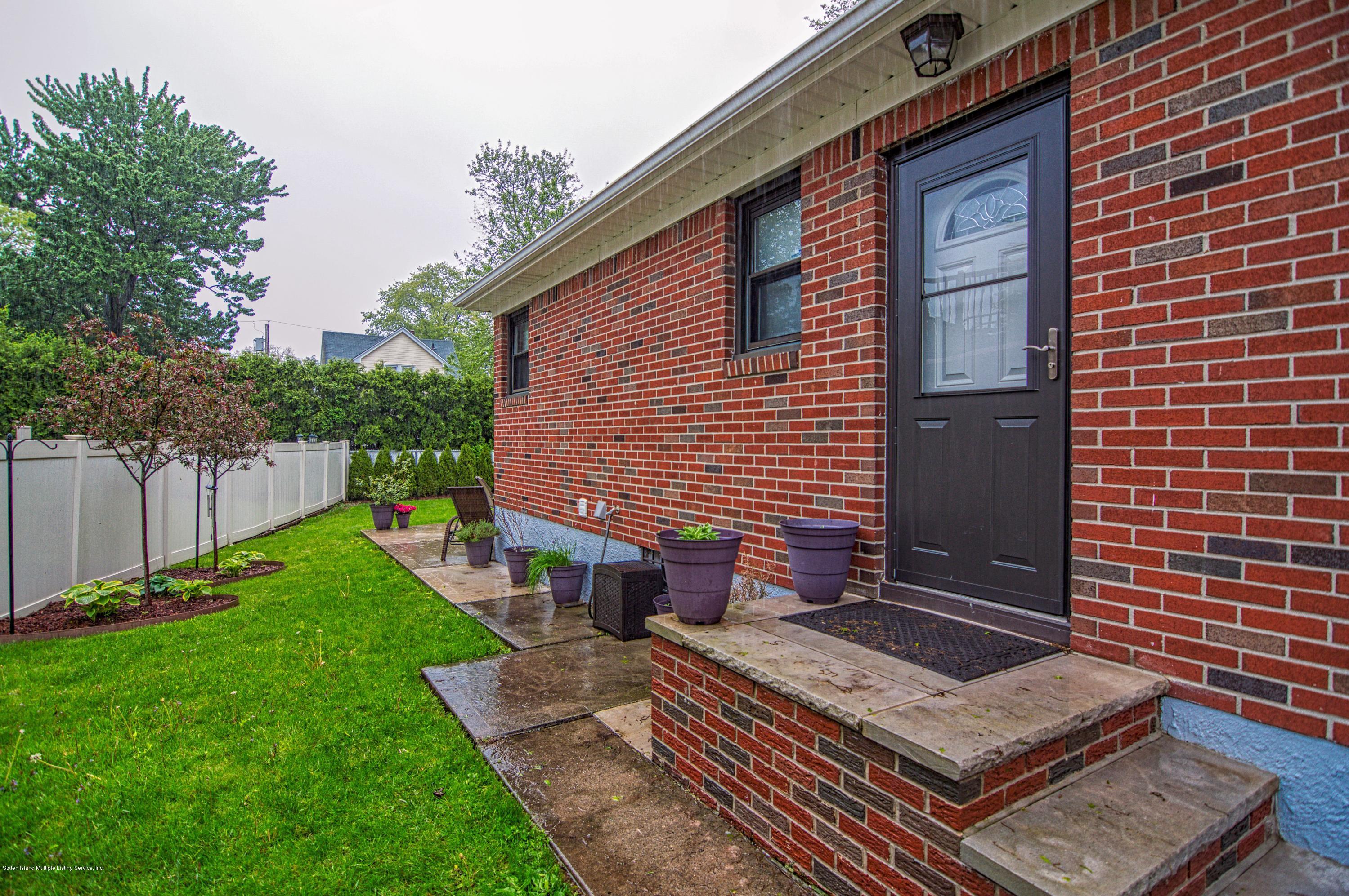 Single Family - Detached 143 Robinson Avenue  Staten Island, NY 10312, MLS-1128917-24