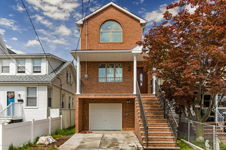 Single Family - Detached in Great Kills - 77 Goodall Street  Staten Island, NY 10308