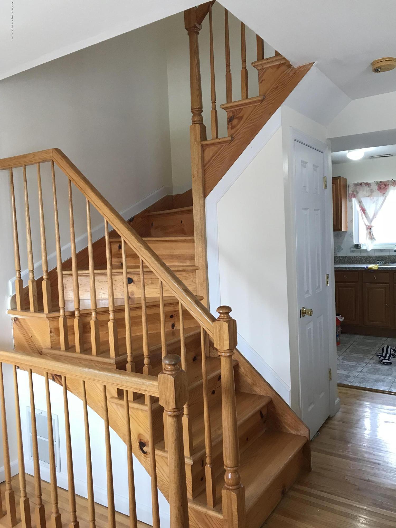 Single Family - Semi-Attached 761 Patterson Avenue  Staten Island, NY 10306, MLS-1128936-20