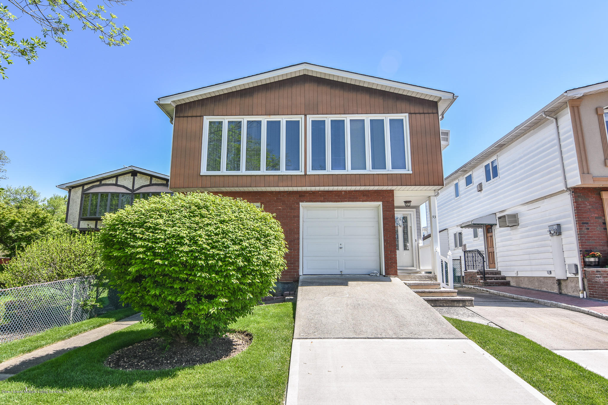 Two Family - Detached in Richmond Town - 53 Joel Place  Staten Island, NY 10306