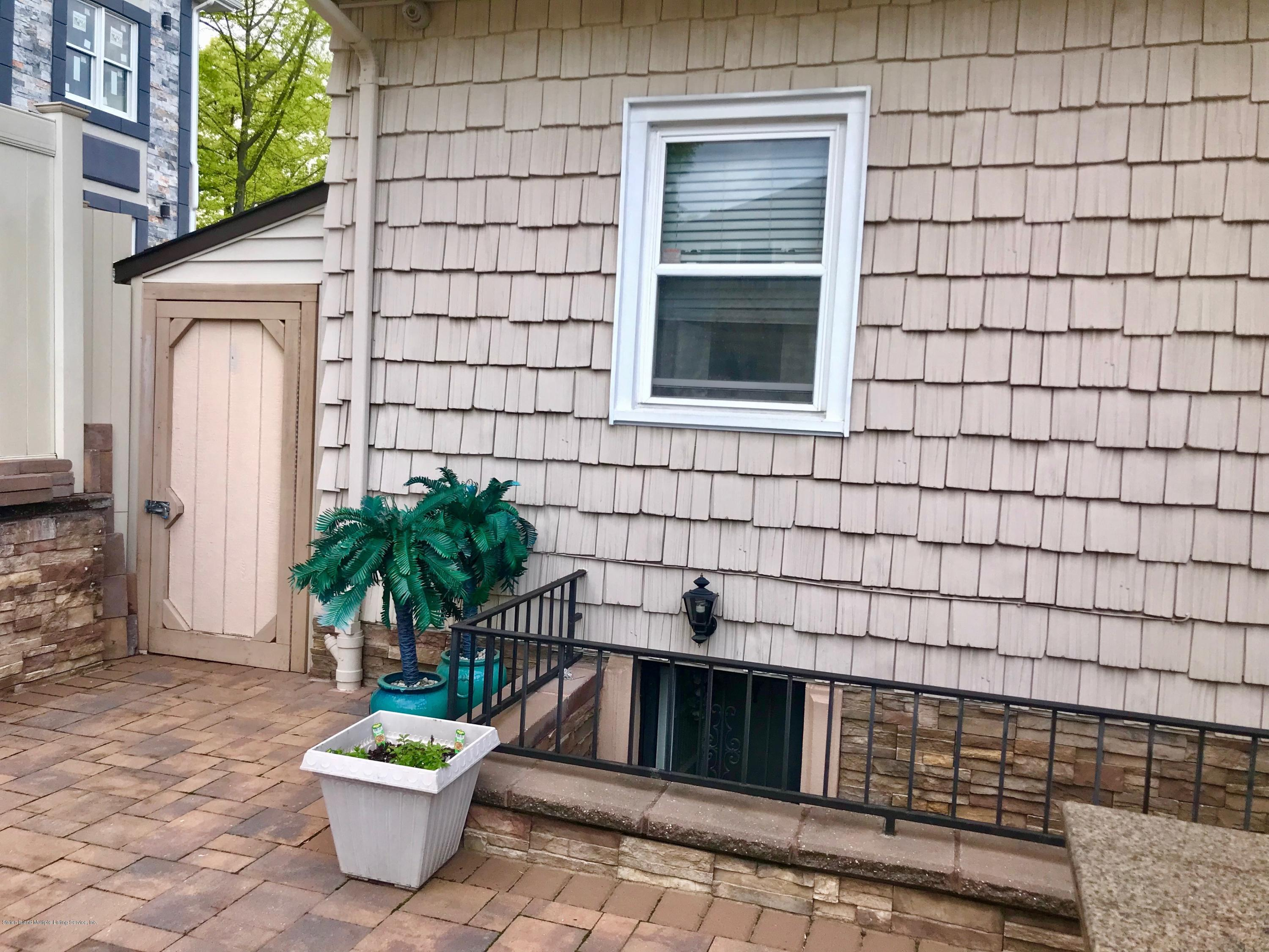 Single Family - Detached 164 Beverly Road  Staten Island, NY 10305, MLS-1128918-10