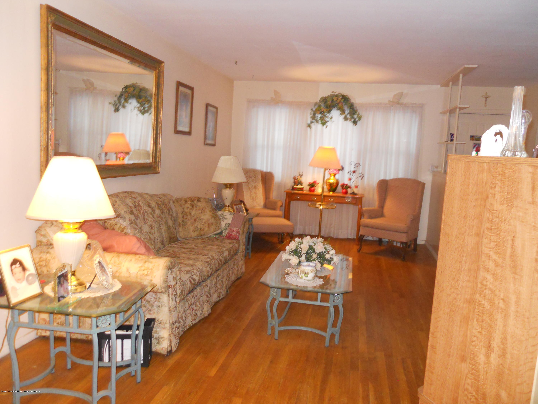 Single Family - Semi-Attached 194 Tysens Lane  Staten Island, NY 10306, MLS-1128793-9