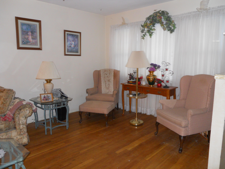Single Family - Semi-Attached 194 Tysens Lane  Staten Island, NY 10306, MLS-1128793-11