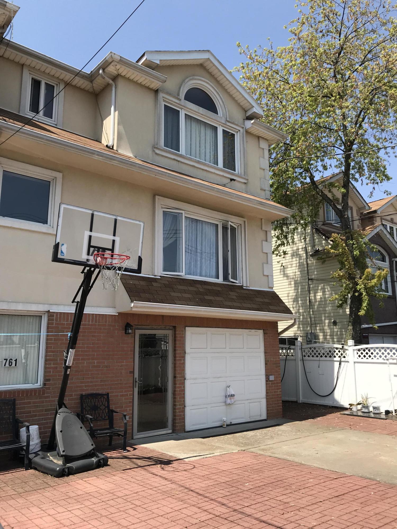 Single Family - Semi-Attached 761 Patterson Avenue  Staten Island, NY 10306, MLS-1128936-3