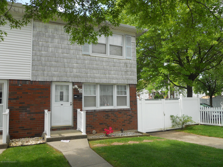 Single Family - Semi-Attached 194 Tysens Lane  Staten Island, NY 10306, MLS-1128793-2