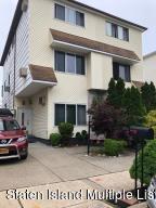 88 Green Valley Road, Staten Island, NY 10312