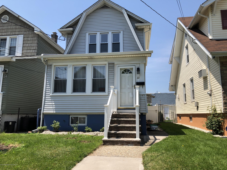 Single Family - Detached in Elm Park - 22 Winant Street  Staten Island, NY 10303