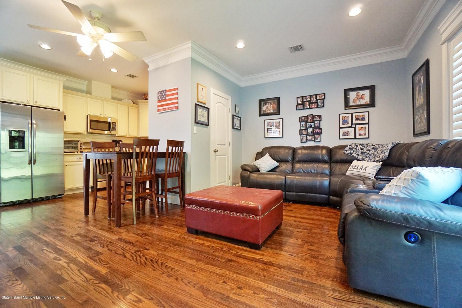 Two Family - Semi-Attached 27 Malibu Court  Staten Island, NY 10309, MLS-1129104-17