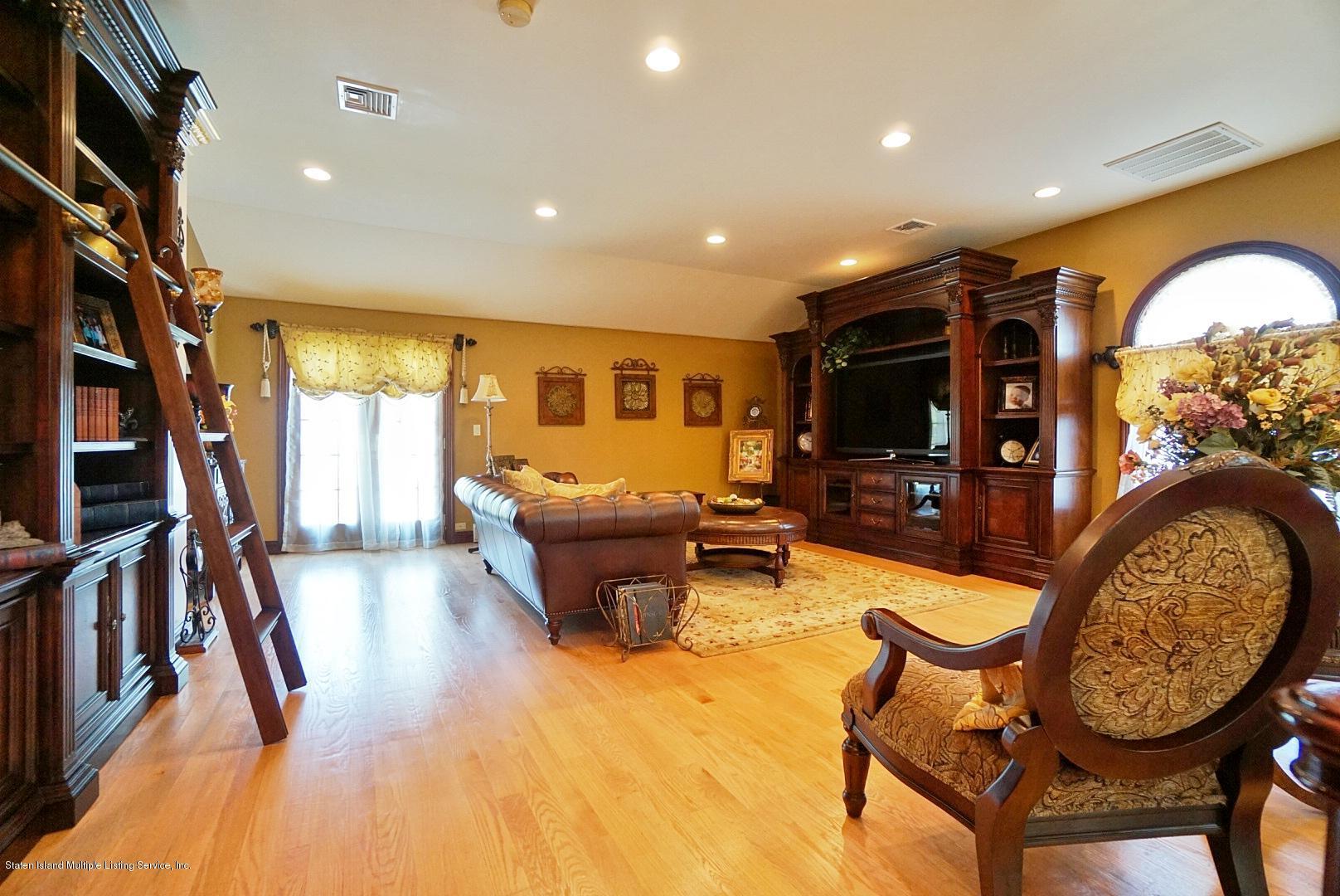 Single Family - Detached 337 Thomas Street  Staten Island, NY 10306, MLS-1129114-59