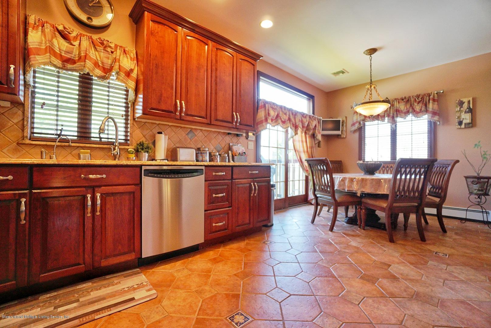 Single Family - Detached 337 Thomas Street  Staten Island, NY 10306, MLS-1129114-27