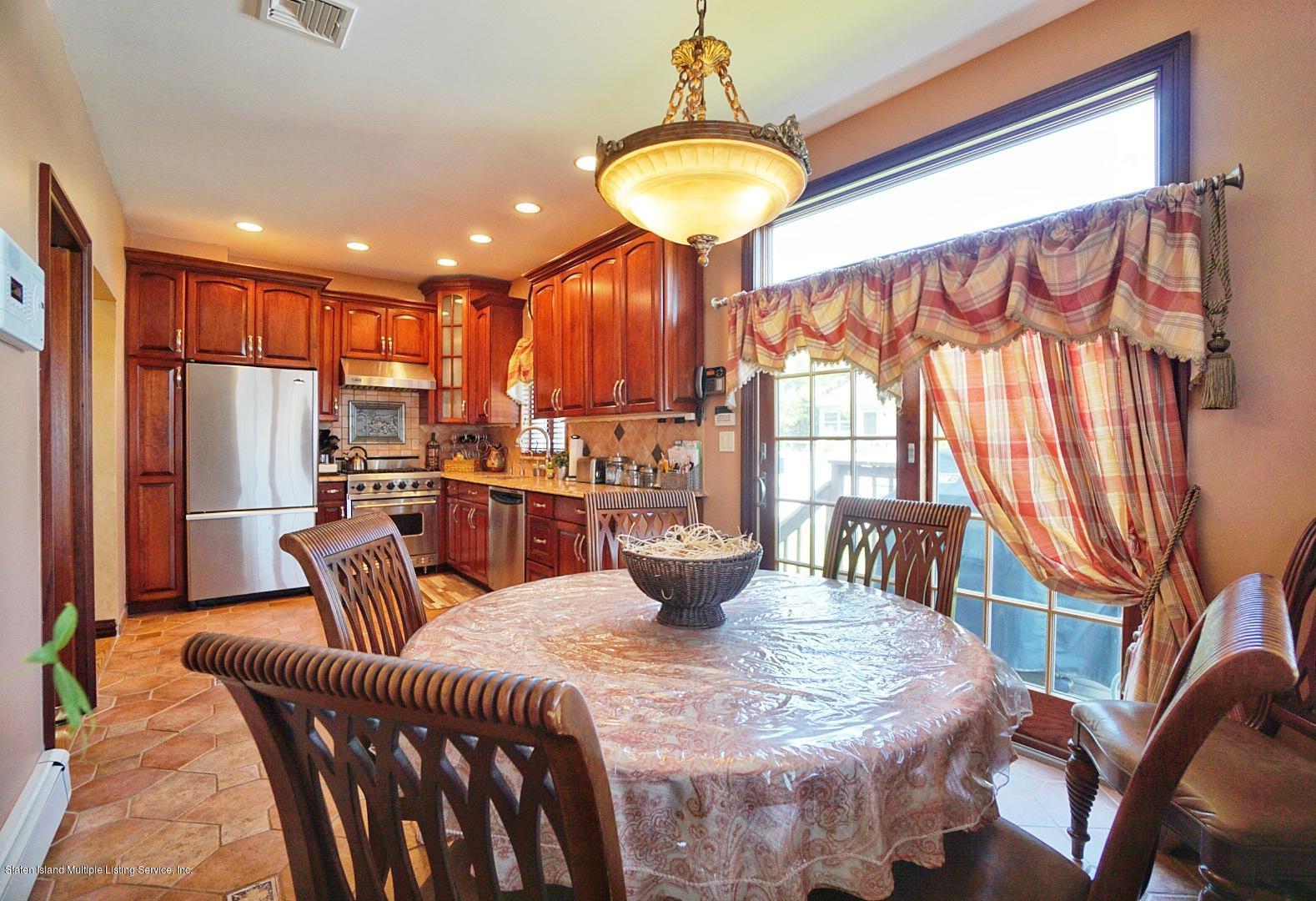 Single Family - Detached 337 Thomas Street  Staten Island, NY 10306, MLS-1129114-24