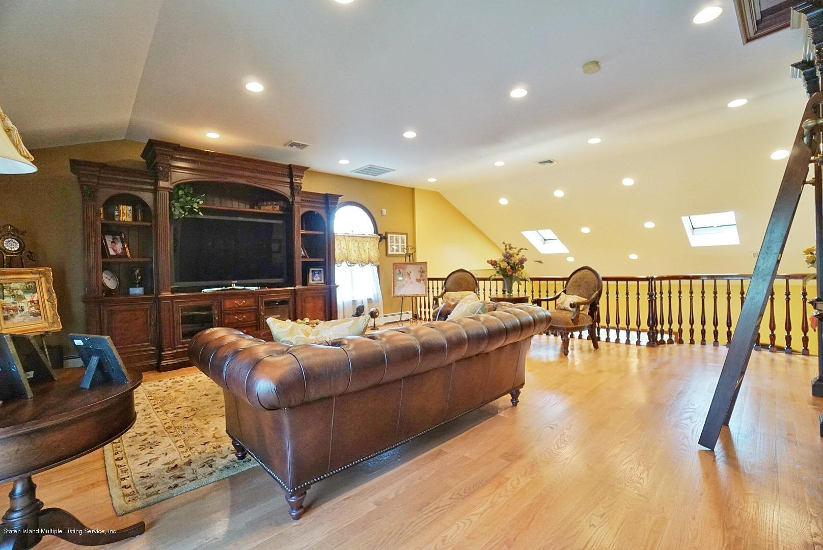 Single Family - Detached 337 Thomas Street  Staten Island, NY 10306, MLS-1129114-54