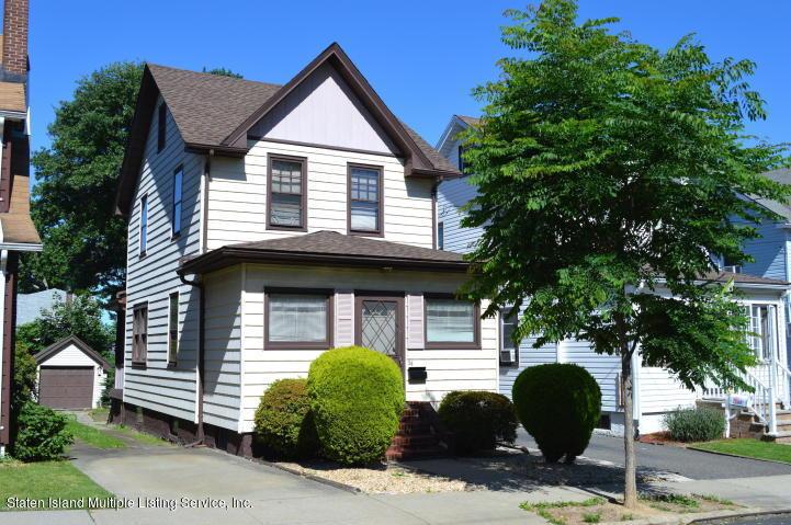 Single Family - Detached in Castletn Corner - 54 Quinlan Avenue  Staten Island, NY 10314