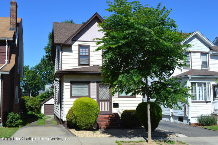 Single Family - Detached 54 Quinlan Avenue  Staten Island, NY 10314, MLS-1129378-2