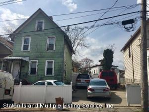 34 Maple Avenue, Staten Island, NY 10302