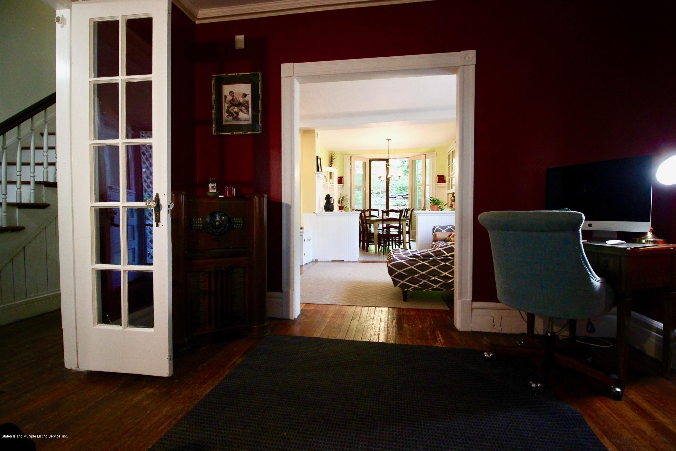 Single Family - Detached 208 St Pauls Avenue  Staten Island, NY 10304, MLS-1129566-11
