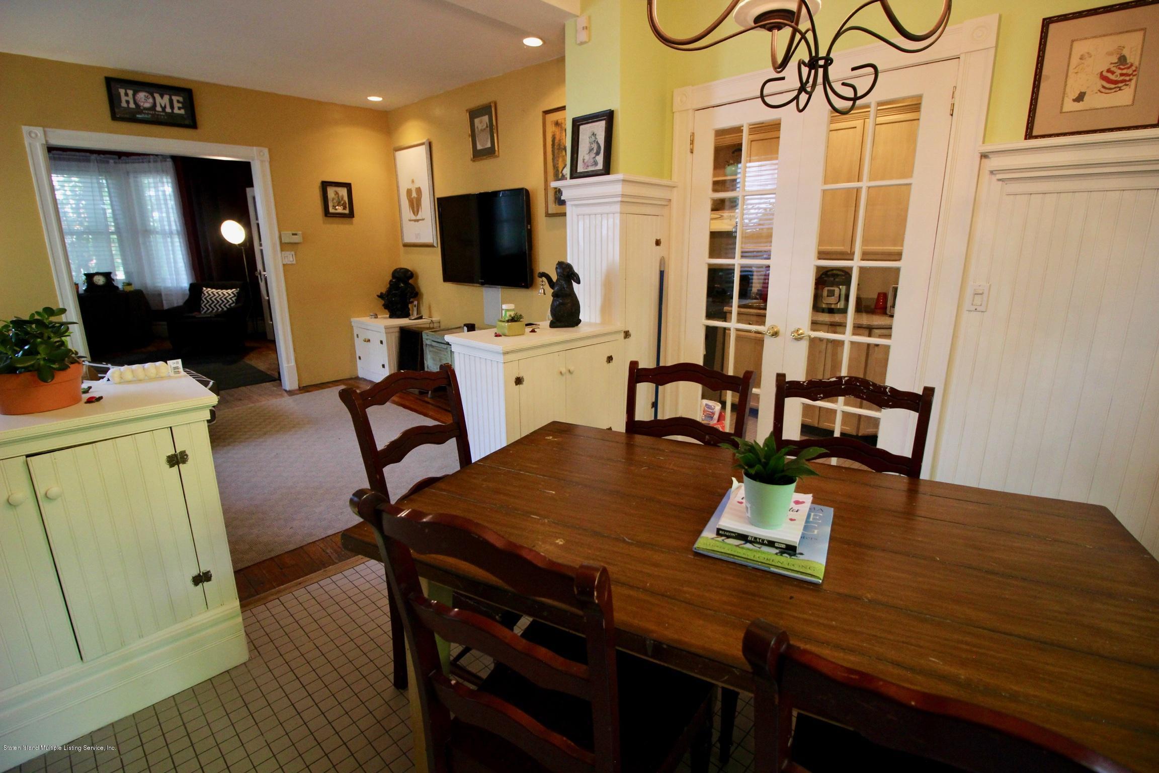Single Family - Detached 208 St Pauls Avenue  Staten Island, NY 10304, MLS-1129566-24