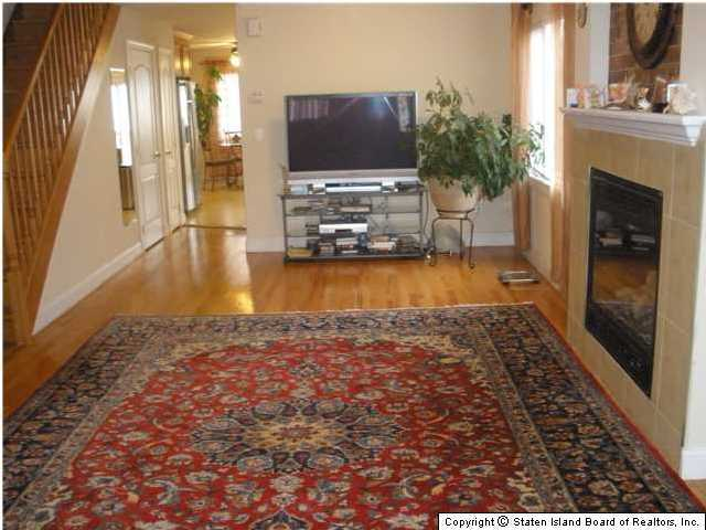Single Family - Semi-Attached 228 Moreland Street  Staten Island, NY 10306, MLS-1129638-2