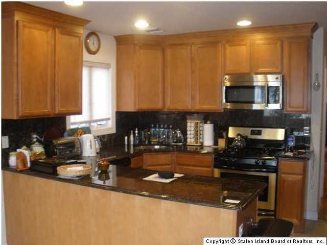 Single Family - Semi-Attached 228 Moreland Street  Staten Island, NY 10306, MLS-1129638-3