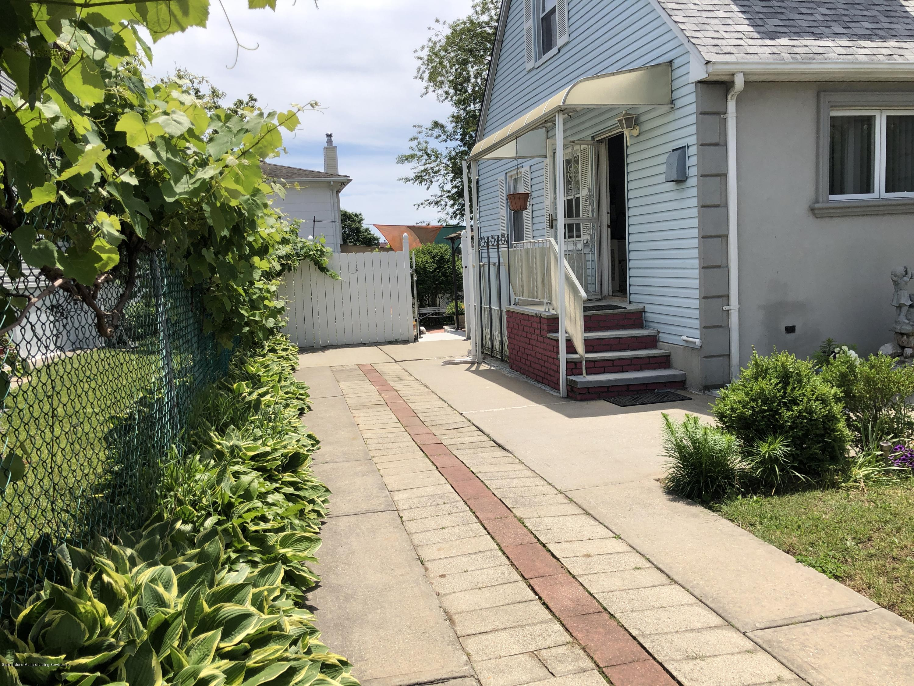 Two Family - Detached 468 Mcclean Avenue  Staten Island, NY 10305, MLS-1128163-33